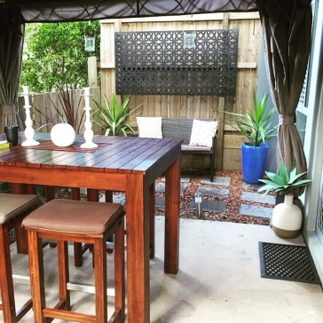 Courtyard Makeover less than $200