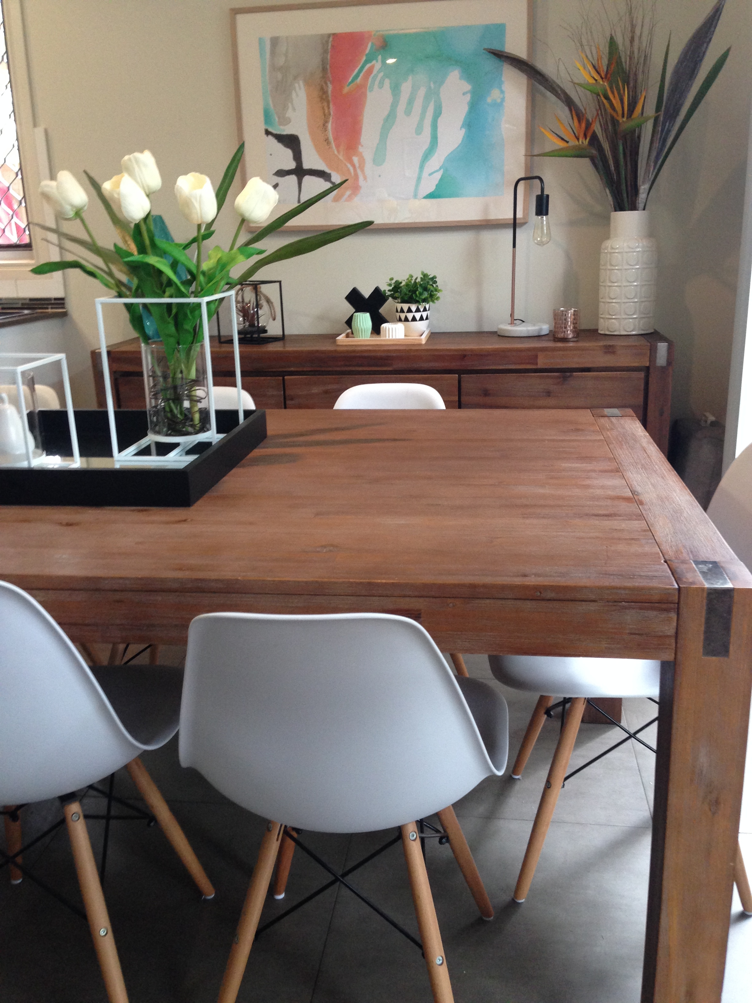 Silverwood Table And Zola Chairs